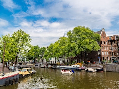 Private Canal Boat Tour and Stripper in Amsterdam