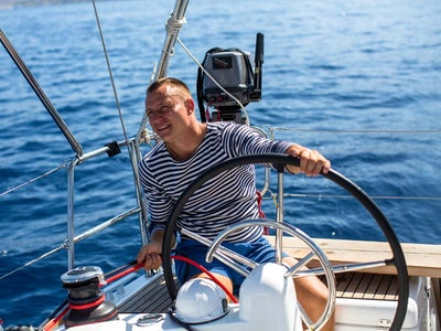 Yacht & Boat Hire