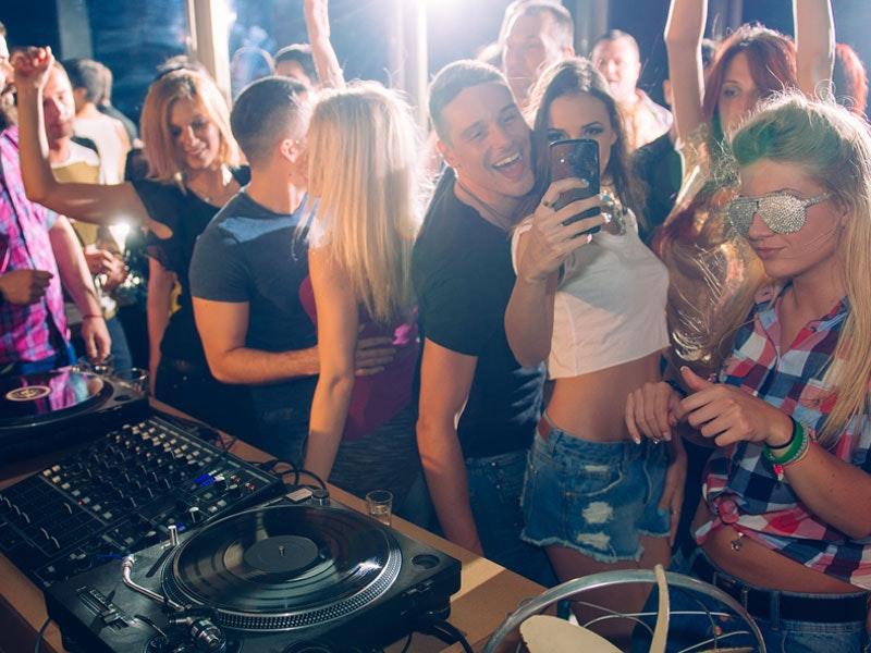 Friday Nightclub Entry to Pryzm