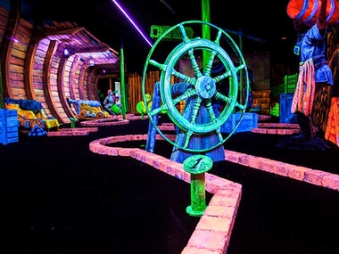 Glow Golf Experience in Amsterdam