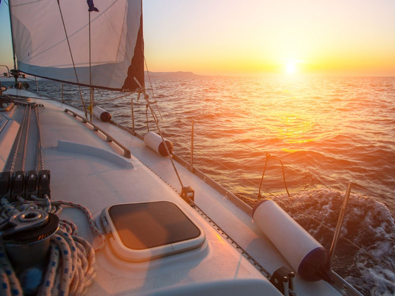 2 Hours Private Sailing Charter in Barcelona