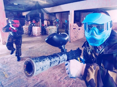 Paintball Indoors with 200 Balls and Transfers in Düsseldorf