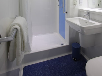 Travelodge Bath Central
