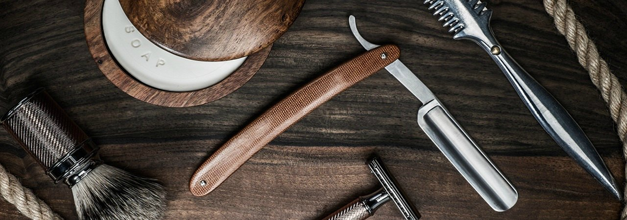 8 must have grooming products for your stag do suitcase